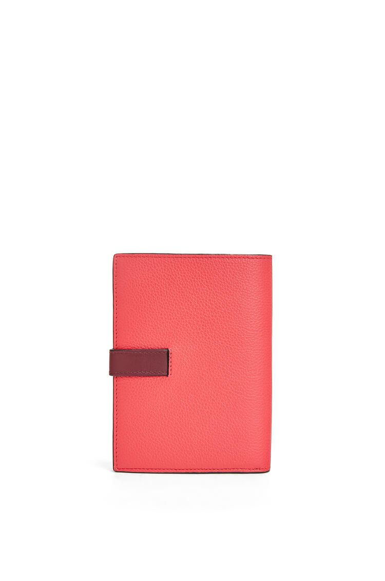 LOEWE Medium Vertical Wallet in soft grained calfskin Poppy Pink pdp_rd
