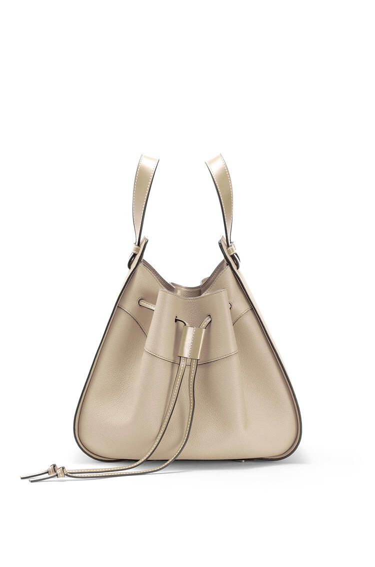 LOEWE Hammock Drawstring bag in soft grained calfskin Light Oat pdp_rd