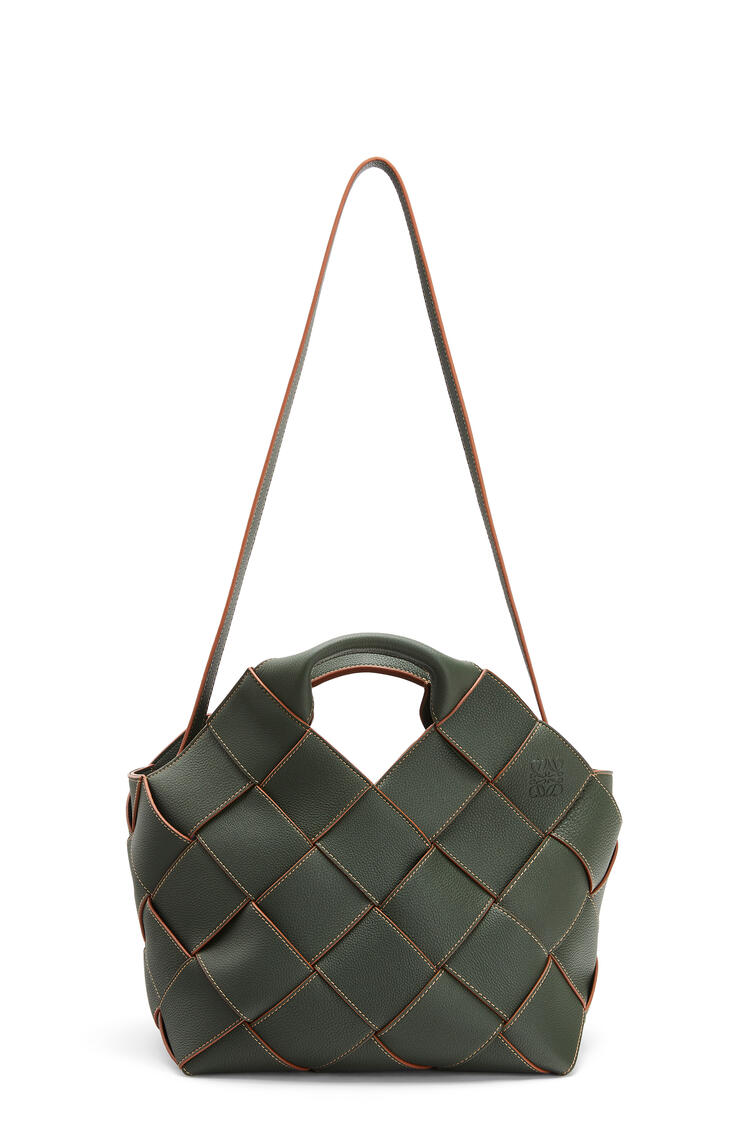 LOEWE 柔软粒面小牛皮编织 Basket 手袋 Vintage Khaki pdp_rd