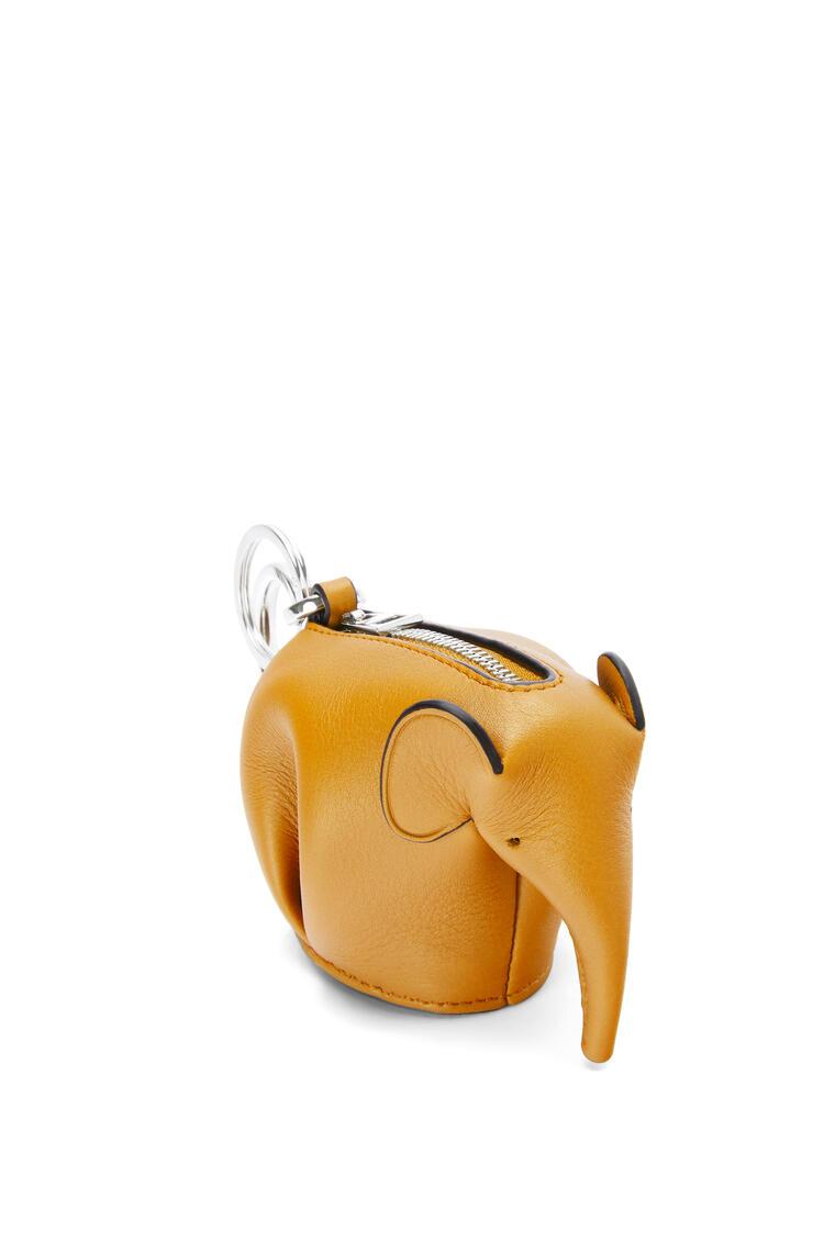 LOEWE エレファント チャーム(クラシック カーフスキン) narcisus yellow pdp_rd