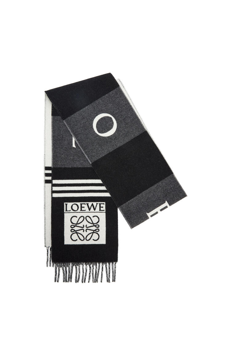 LOEWE Football scarf in wool and cashmere 黑色/灰色 pdp_rd