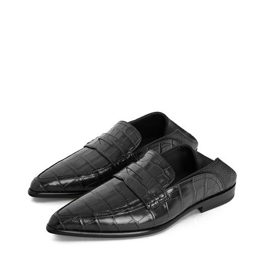 LOEWE 尖头一脚蹬乐福鞋 黑色/黑色 front