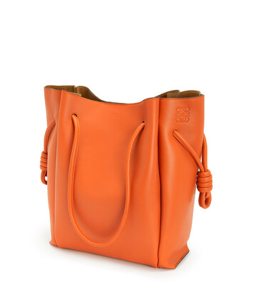 LOEWE Flamenco Knot Tote Color Jengibre front