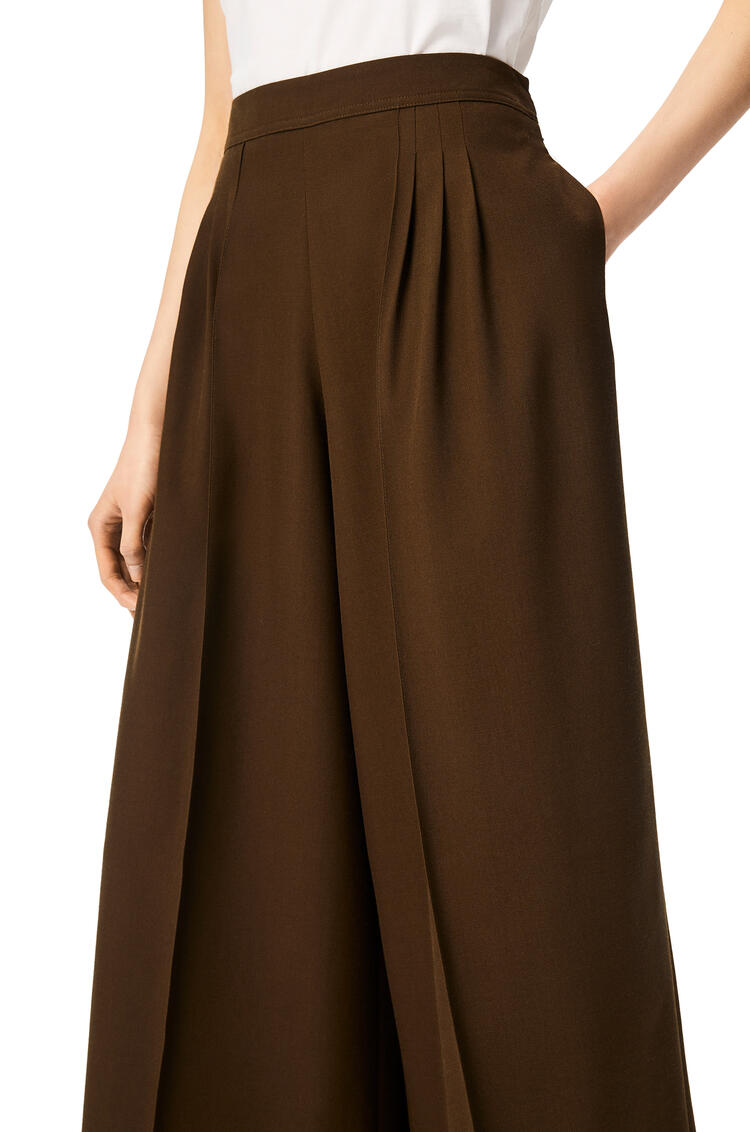 LOEWE Cropped pleated trousers in wool and silk Khaki Green pdp_rd