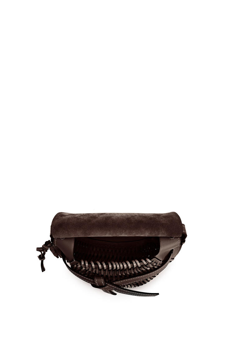 LOEWE Small Gate bag in woven soft calfskin Chestnut pdp_rd