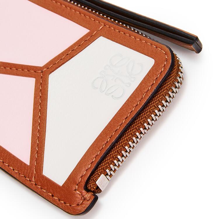 LOEWE パズル コイン カードホルダー(クラシック カーフスキン) Icy Pink/Soft White pdp_rd