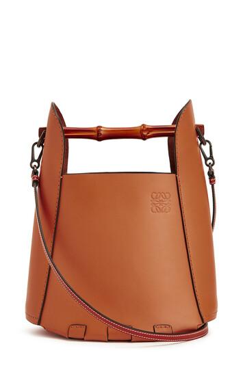 LOEWE Bucket Bamboo Tan front