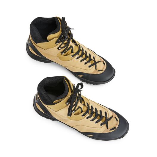 "LOEWE ""EYE""自然登山靴 芥末色 front"