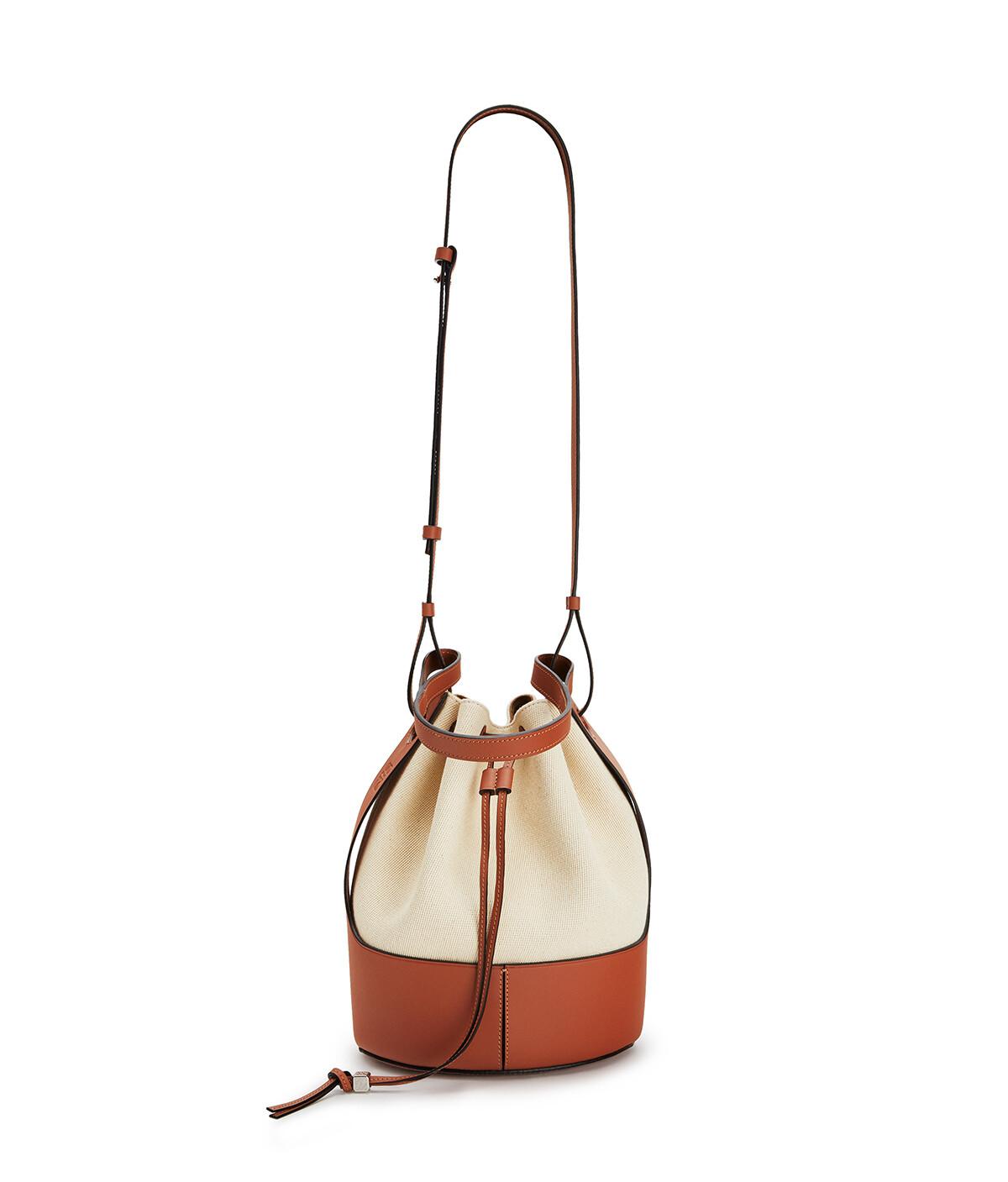 LOEWE Balloon Bag Ecru/Tan front