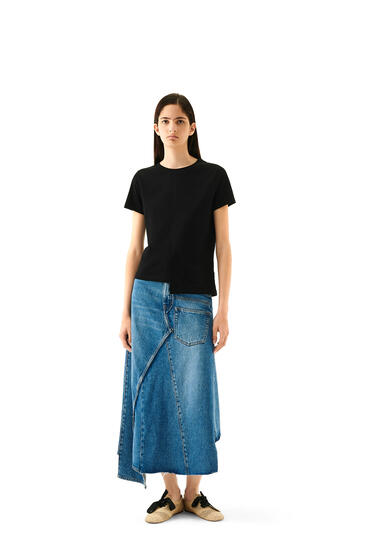 LOEWE Camiseta Anagrama asimétrica en algodón Negro pdp_rd