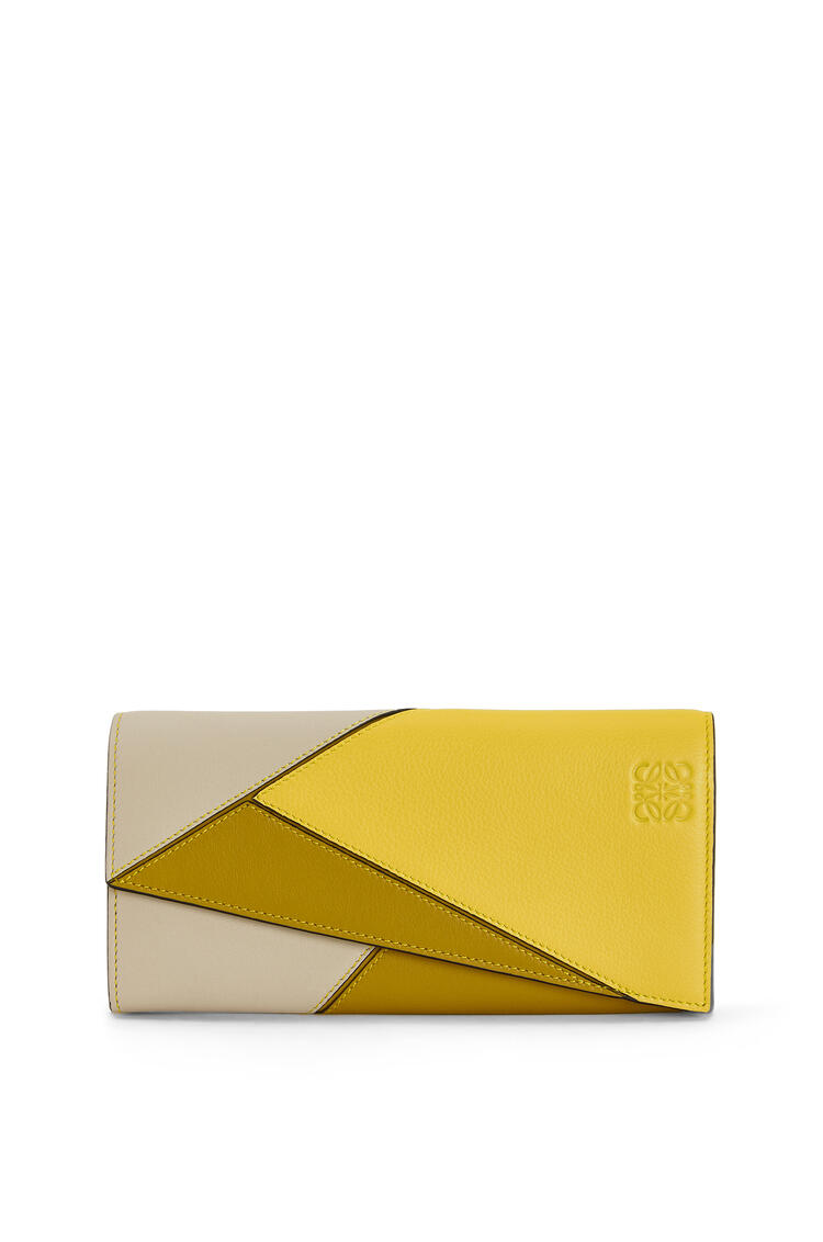 LOEWE Puzzle continental wallet in classic calfskin Ochre/Yellow pdp_rd