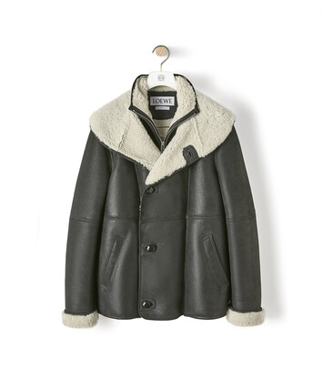 LOEWE Hooded Shearling Jacket ブラック front