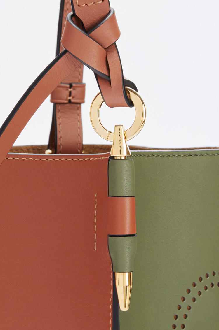 LOEWE Anagram Gate Bucket bag in natural calfskin Avocado Green/Tan pdp_rd