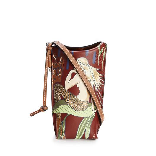 LOEWE Gate Pocket In Mermaid Classic Calfskin Burgundy/Marine front