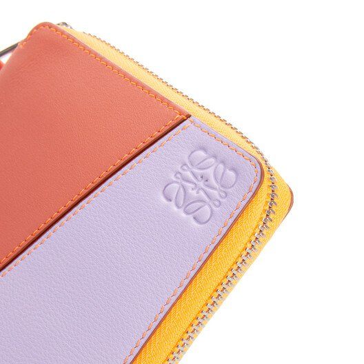 LOEWE Puzzle Square Zip Wallet In Classic Calfskin Grapefruit/Mauve front