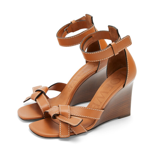 LOEWE Gate Wedge Sandal 80 Light Caramel front
