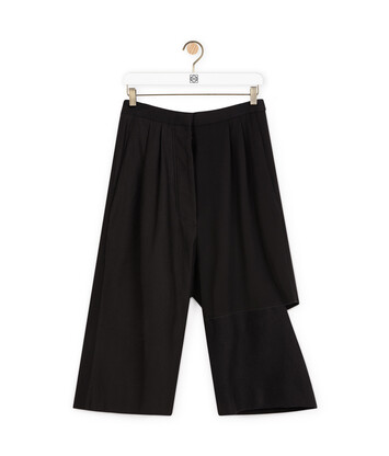 LOEWE Short Trousers 黑色 front