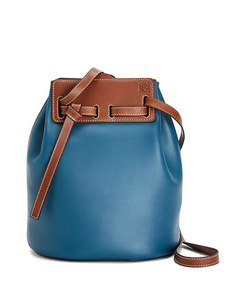 LOEWE Bucket Bag Petroleum Blue front