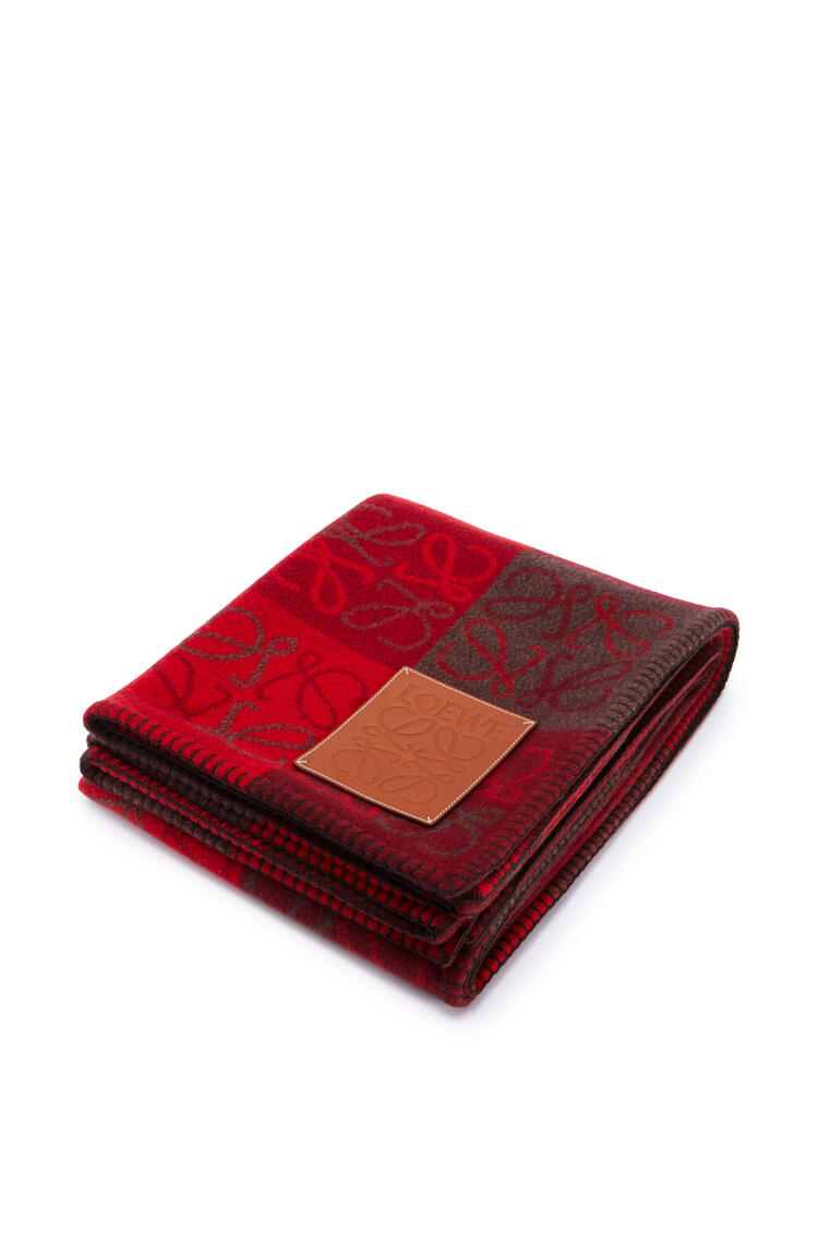 LOEWE Anagram blanket in wool and cashmere Red/Burgundy pdp_rd