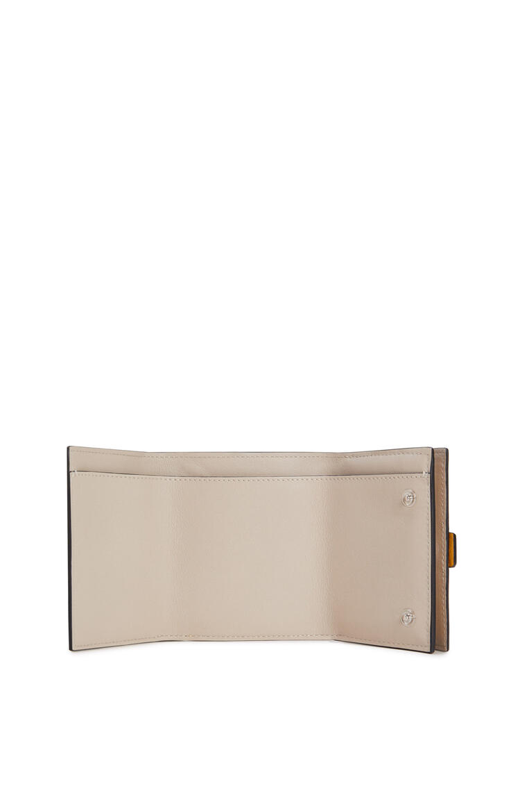 LOEWE Trifold wallet in soft grained calfskin Narcisus Yellow/Pecan pdp_rd