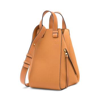 LOEWE Hammock Medium Bag Light Caramel front