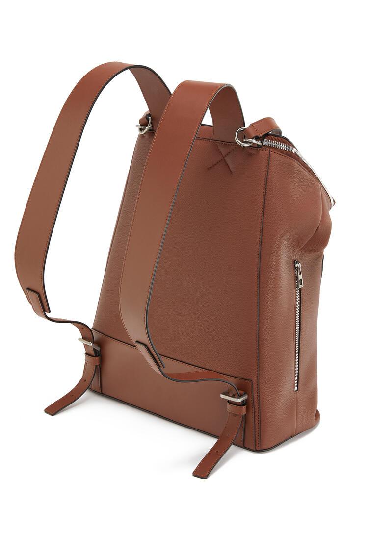 LOEWE Goya Backpack in soft grained calfskin Cognac pdp_rd