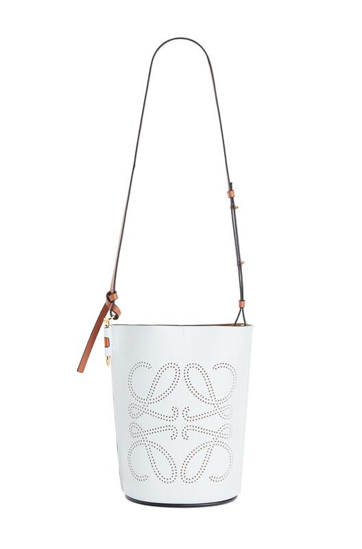 LOEWE Bolso Gate Bucket Anagrama Caolín/Bronceado front