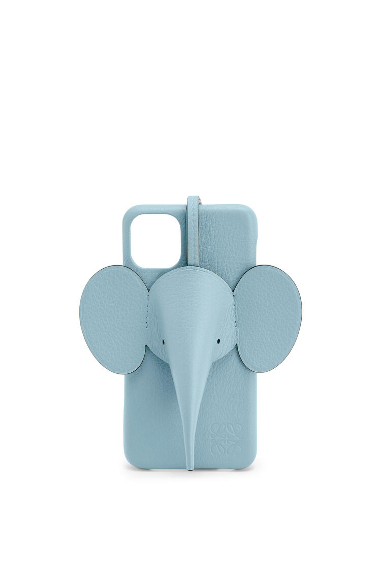 LOEWE Elephant cover for iPhone 11 Pro Max in pearlized calfskin Light Blue pdp_rd
