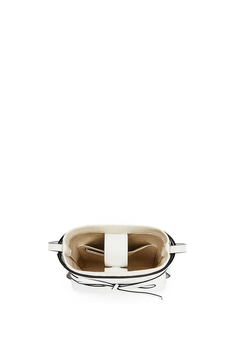 LOEWE Ikebana bag in calfskin White pdp_rd