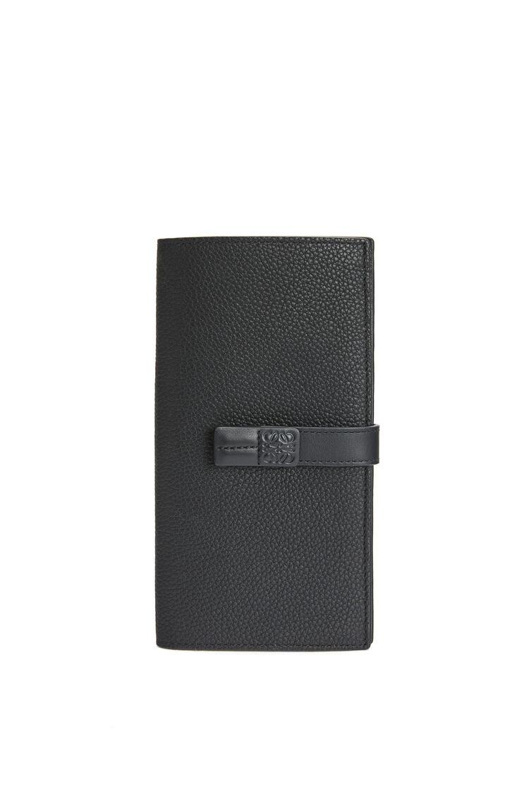 LOEWE Large Vertical Wallet In Soft Grained Calfskin 黑色 pdp_rd
