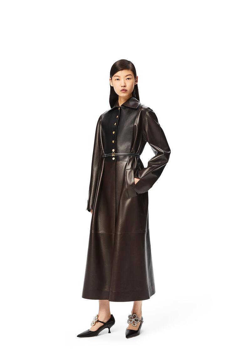 LOEWE Coat in nappa Mocca/Black pdp_rd