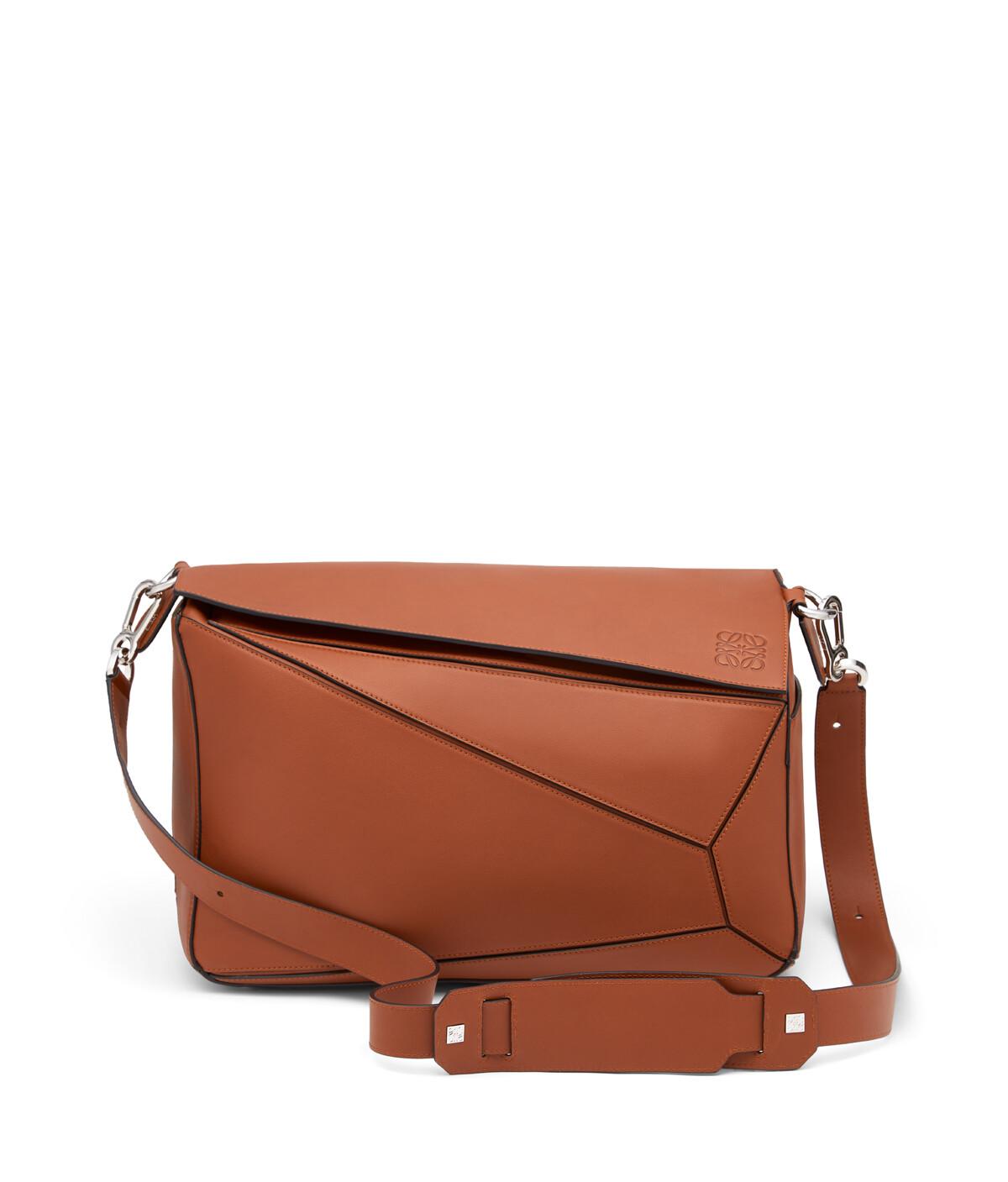 LOEWE Puzzle Xl Bag Rust Color front