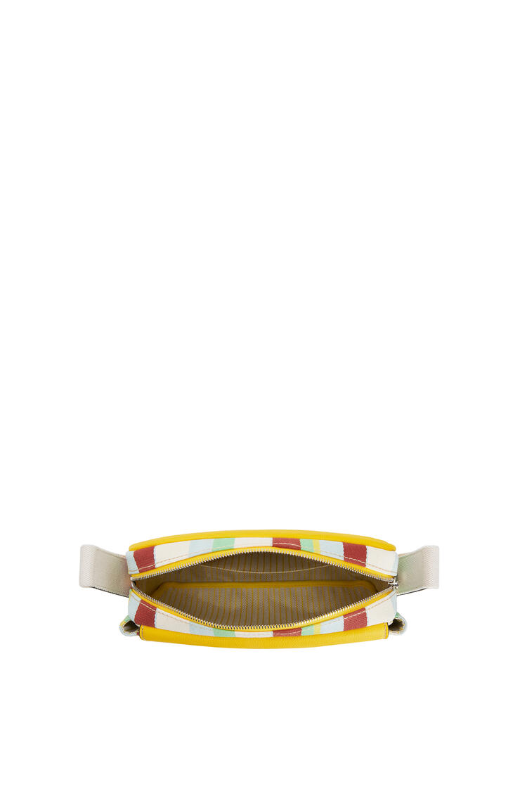 LOEWE ミリタリー メッセンジャーバッグ XS(ソフト グレイン カーフスキン& ストライプ キャンバス) イエロー/マルチカラー pdp_rd