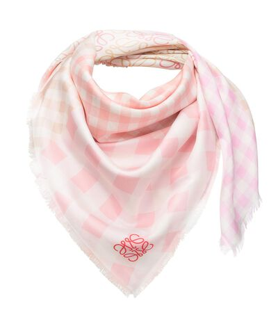 LOEWE 90X90 Scarf Gingham W/ Anagram Pink front