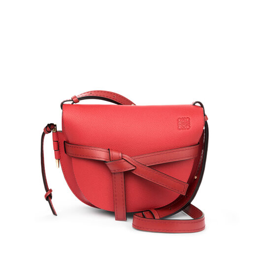 LOEWE ゲートスモールバッグ Scarlet Red/Burnt Red front