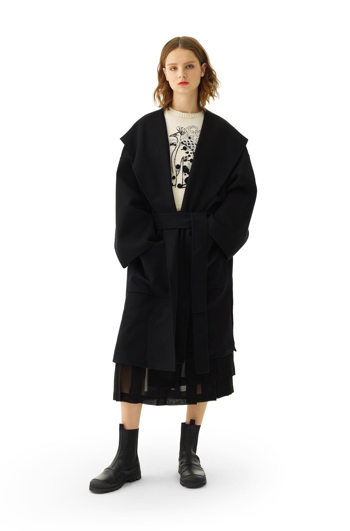 LOEWE Hooded Coat Black front