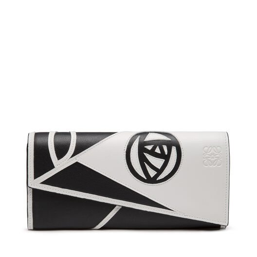 LOEWE Puzzle Continental Wallet Rose White/Black front
