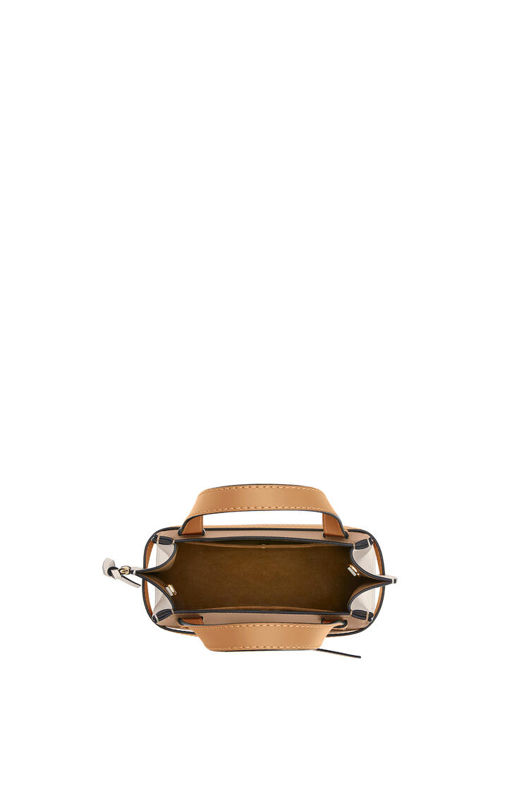 LOEWE Mini Gate Top Handle bag in soft calfskin Mink/Light Oat pdp_rd
