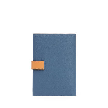 Small Vertical Wallet