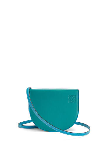 LOEWE Heel bag in soft calfskin Emerald Green/Peacock Blue pdp_rd