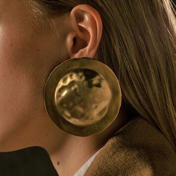 LOEWE Shield Earrings Gold front
