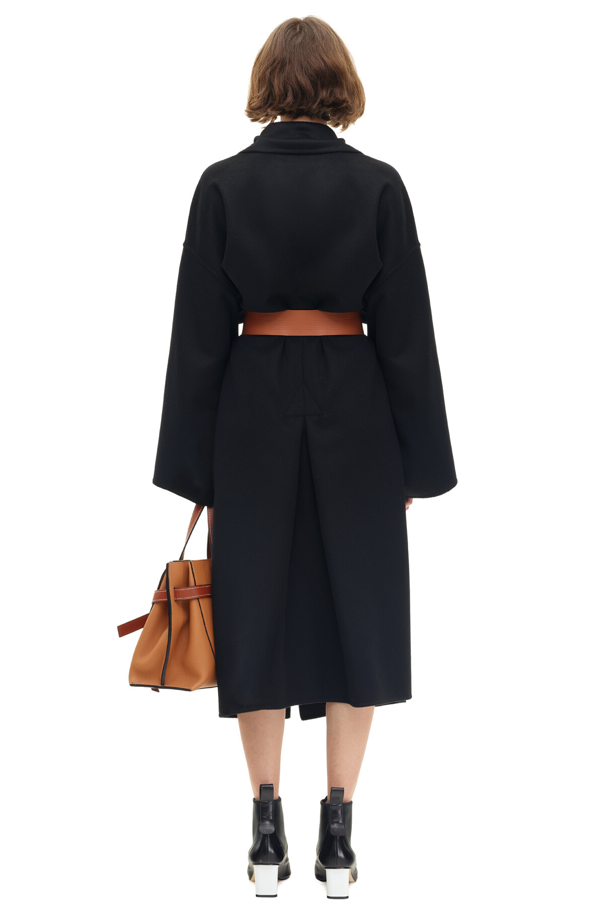 LOEWE Oversize Belted Coat 黑色 front