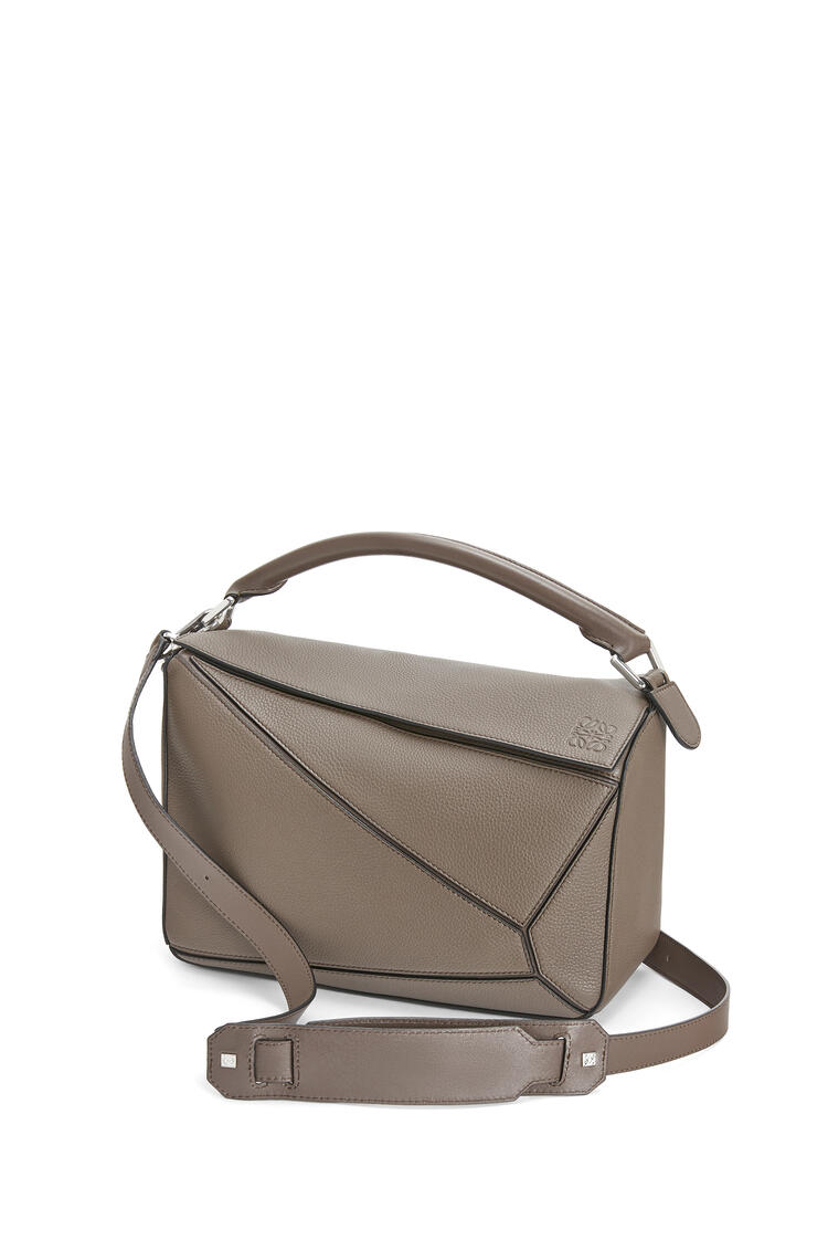 LOEWE Puzzle bag in soft grained calfskin Dark Taupe pdp_rd