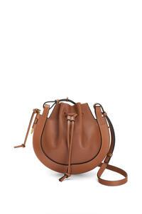 LOEWE Small Horseshoe bag in nappa calfskin Tan pdp_rd