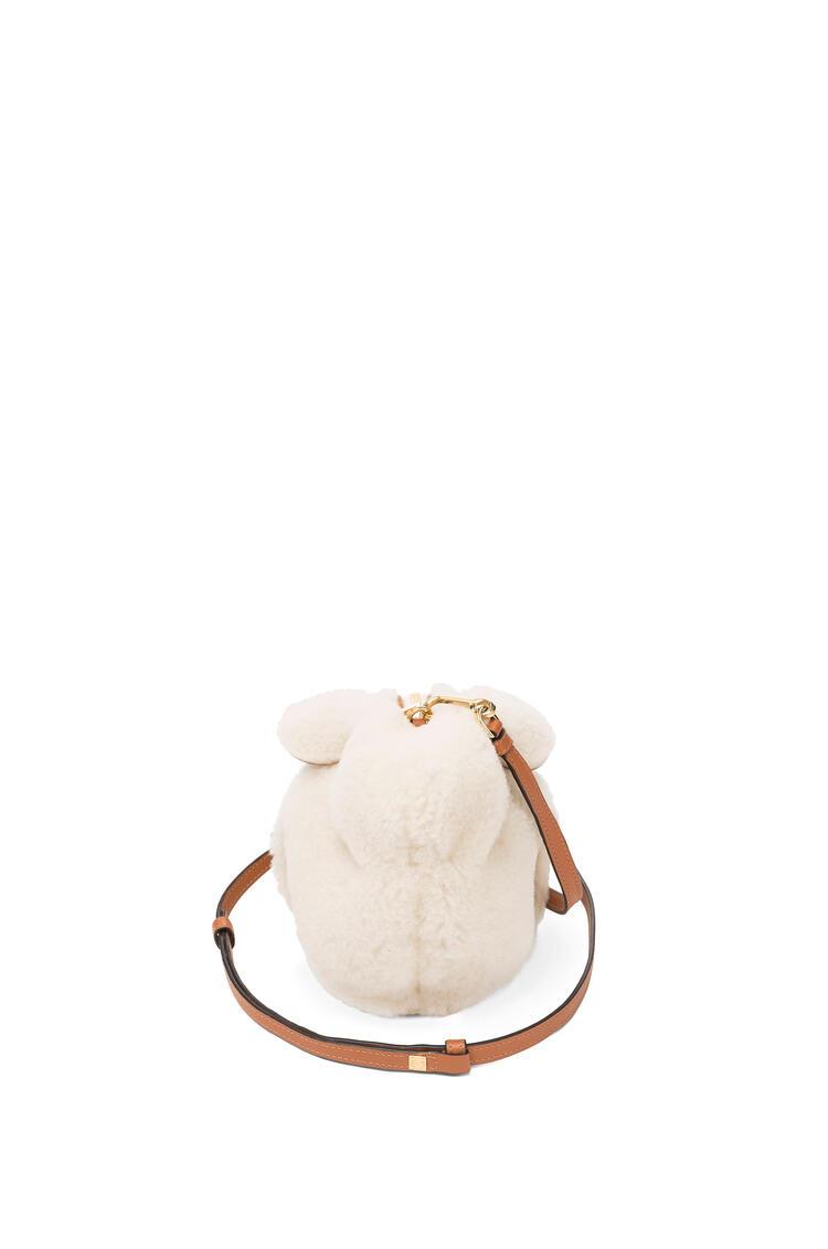LOEWE Minibolso Bunny en lana de oveja Natural pdp_rd