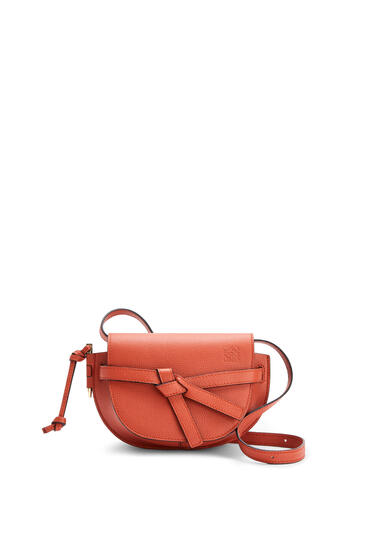 LOEWE Mini Gate dual bag in pebble grain calfskin Pumpkin pdp_rd