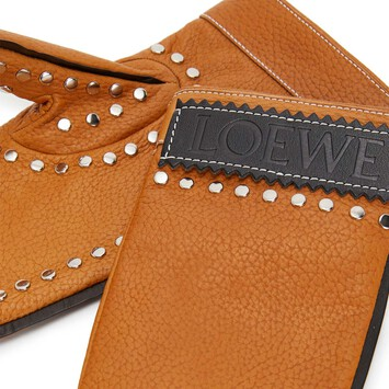LOEWE Guantes Moufle Bronceado front