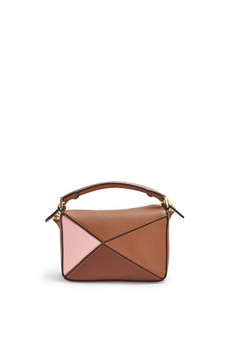 LOEWE Mini Puzzle bag in classic calfskin Tan/Medium Pink pdp_rd
