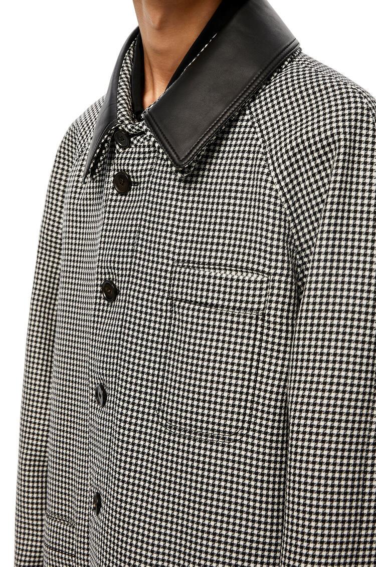LOEWE 格纹羊绒皮革衣领短大衣 灰色 pdp_rd