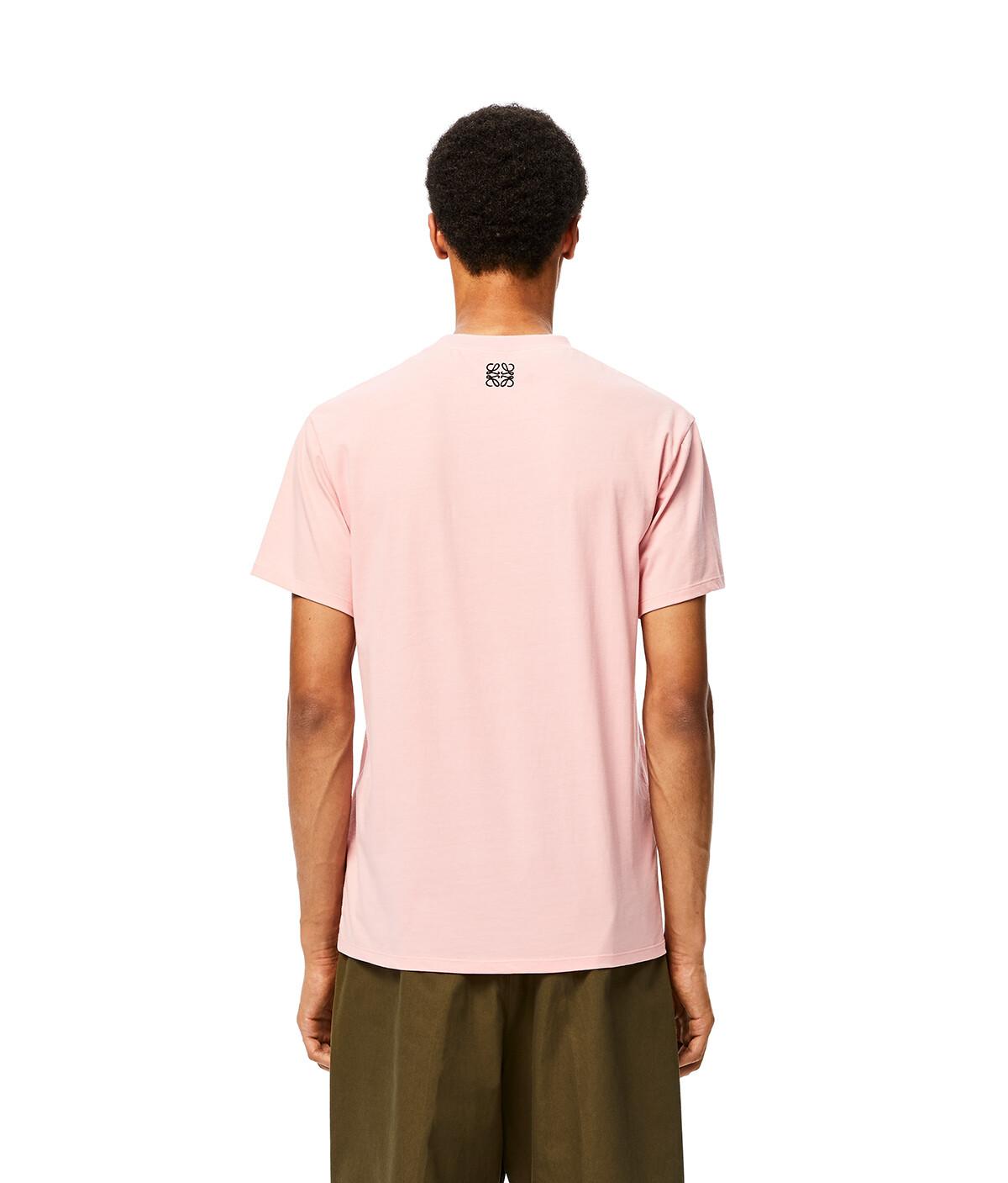 LOEWE Ken Heyman T- Shirt Rosa Bebe front